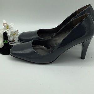 Naturalizer Dark Gray Heels